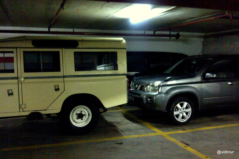 Land rover and Xtrail
